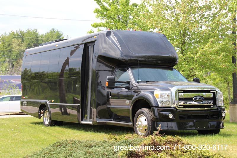 27 Passenger Luxury Shuttle Bus